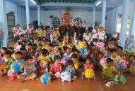 BTN Ánh đạo Viện Chuyên Tu cùng Phân ban Ánh đạo Sen Trắng làm lễ giao cầu tại Sóc Trăng
