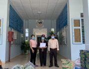 Phân BTN Ánh Đạo Bình Dương tặng quà đến các bệnh nhân