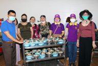 Phân ban Thiện Nguyện Ánh Đạo Vũng Tàu đến thăm và nấu ăn cho người già neo đơn – huyện Long Điền – tỉnh BR-VT
