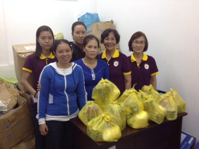 BTN Ánh Đạo Cần Thơ trao quà từ thiện